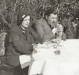 Edward and Sylvia, about 1934, at Menton, on the French Riviera